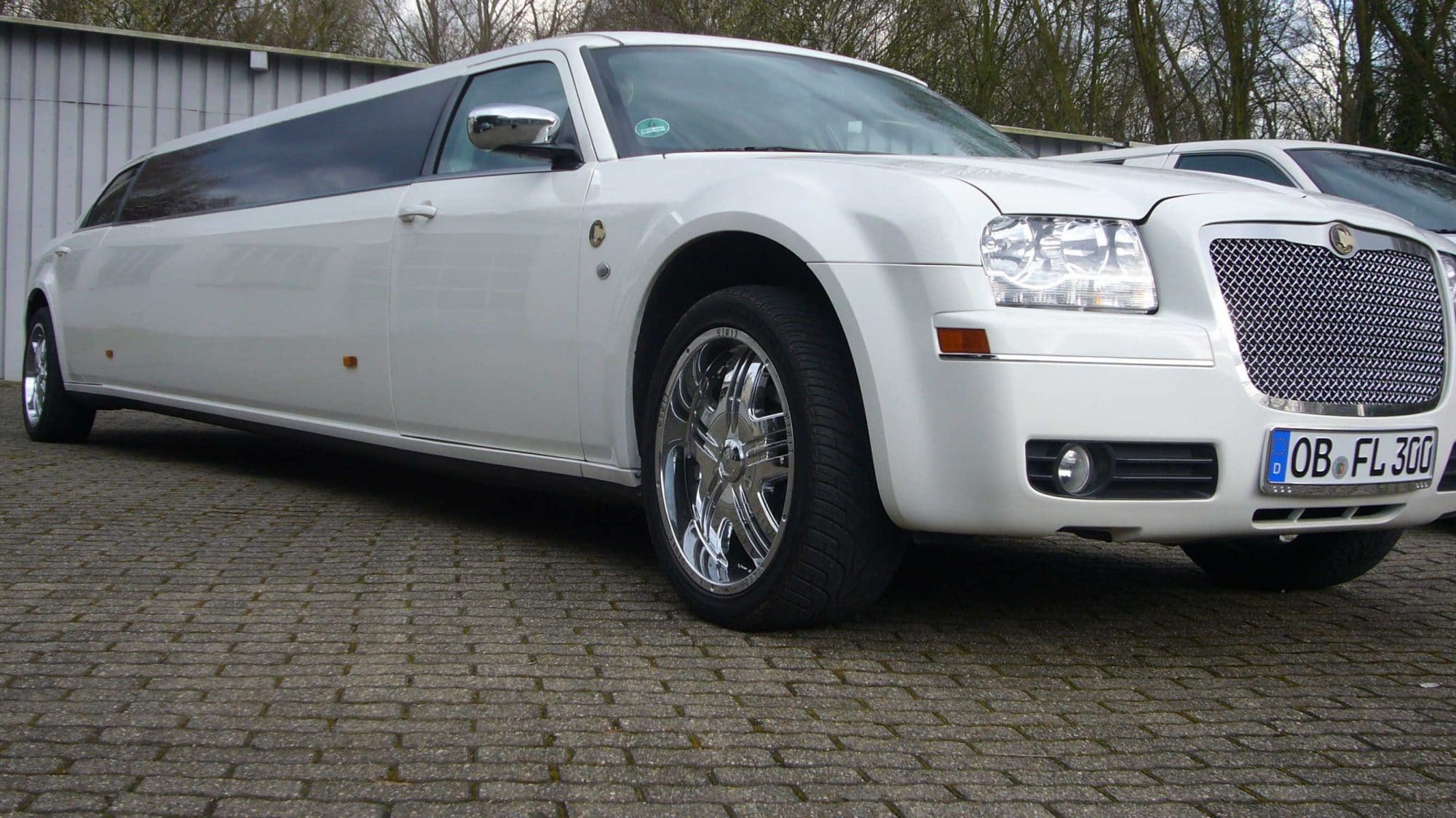 Limousine Chrysler 300C - Florida Exclusiv Car in Oberhausen